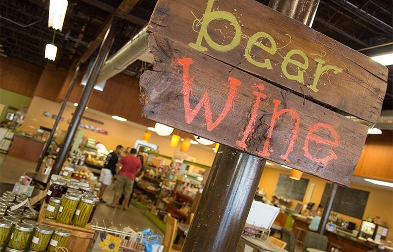 Bushel & Pecks Local Market Beloit Wisconsin